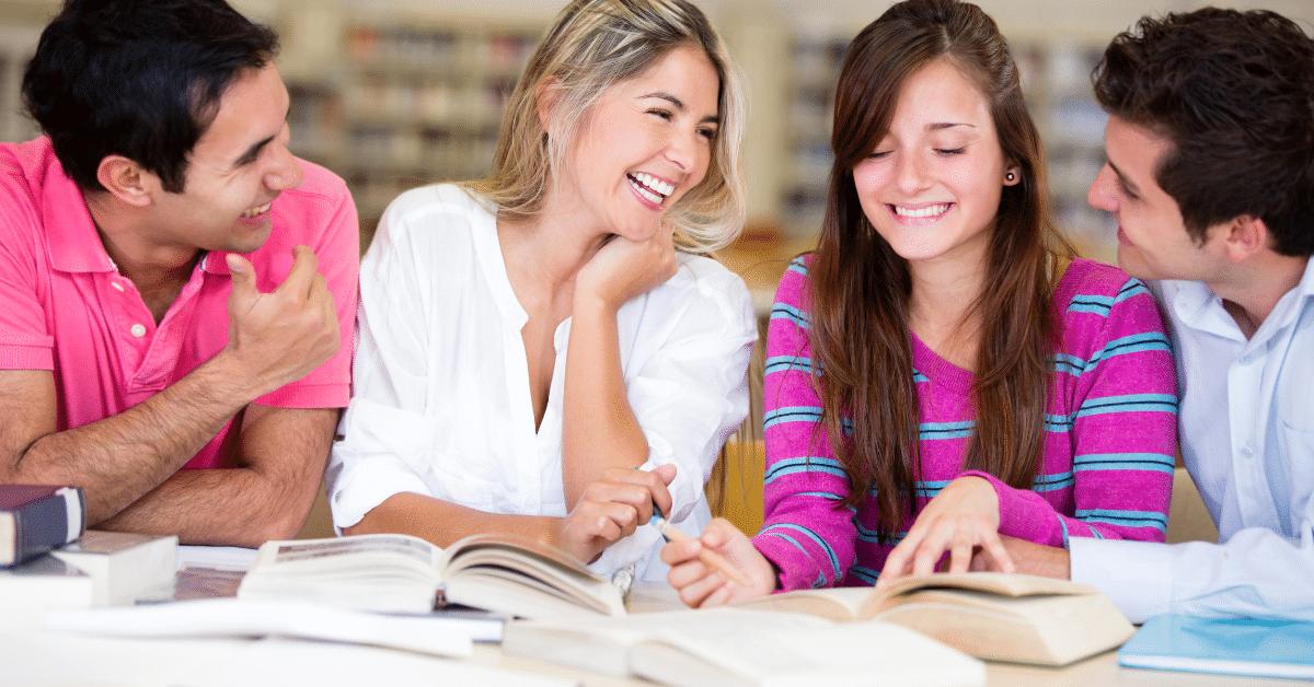 Hier finden Sie eine Auswahl von Finanztipps für junge Menschen